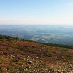 Výhled z Obřího hřebene do Polska