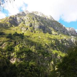 protější hora Veliki Pihavec