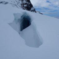 trhliny v ledovci